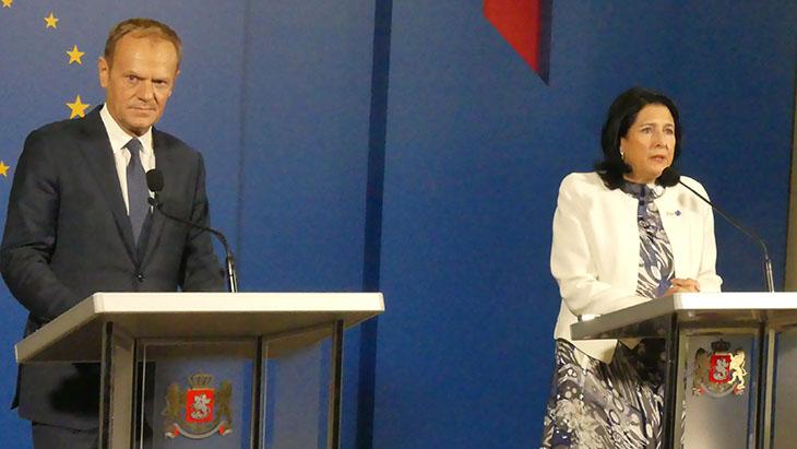 Salome Zurabiszwili, prezydent Gruzji oraz Donald Tusk, przewodniczący Rady Europejskiej